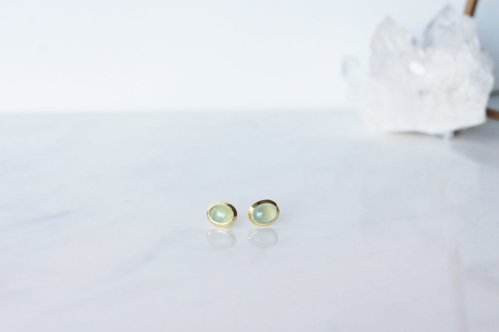 Gaia Earrings - Prehnite