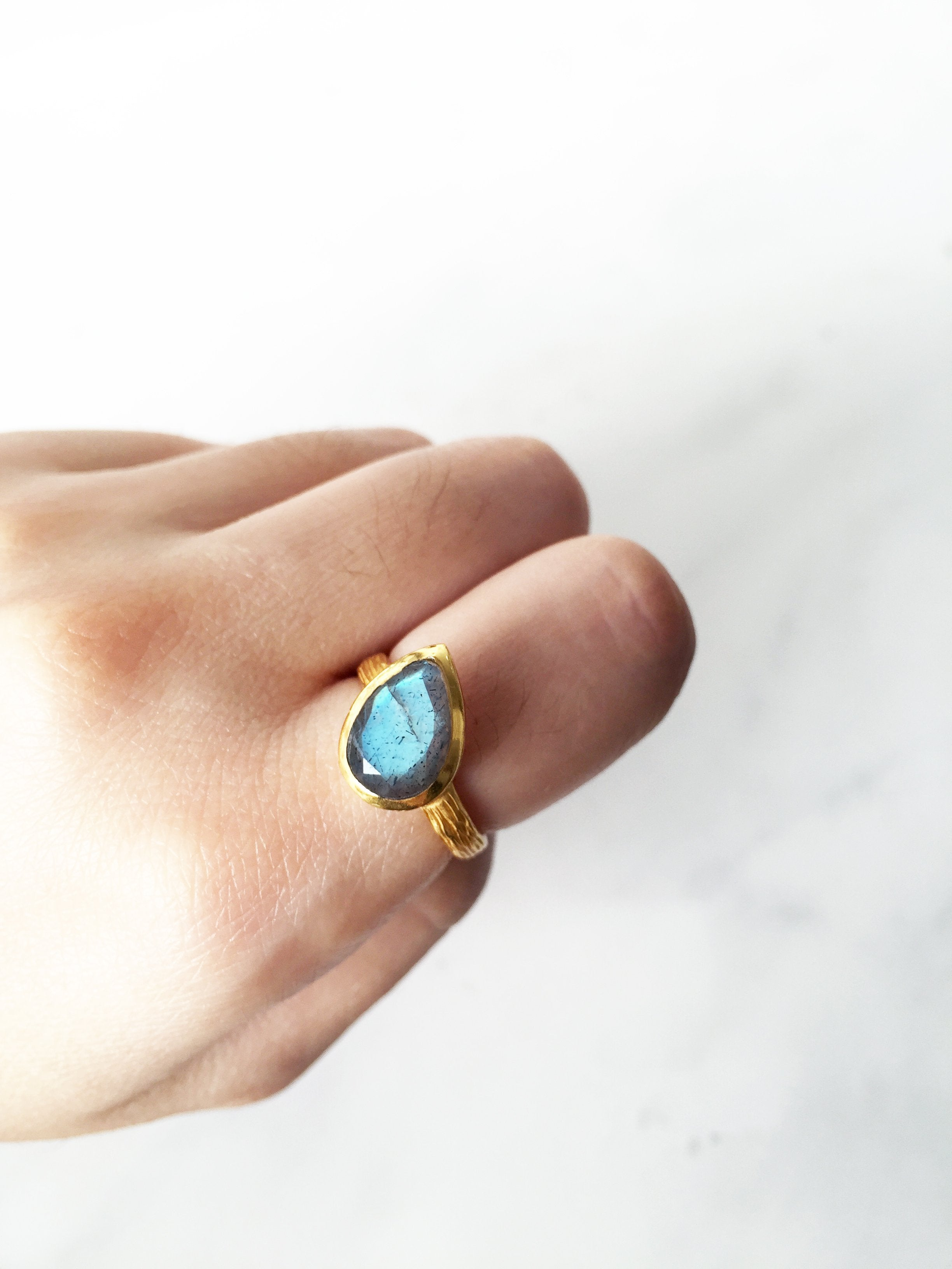 Energy Ring - Labradorite