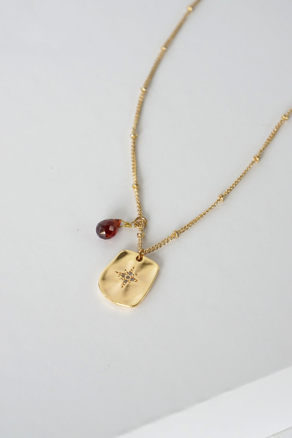 Polaris Necklace - Garnet