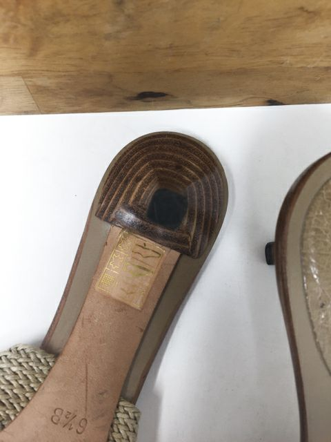 Size 6.5 GUCCI Beige Sandals