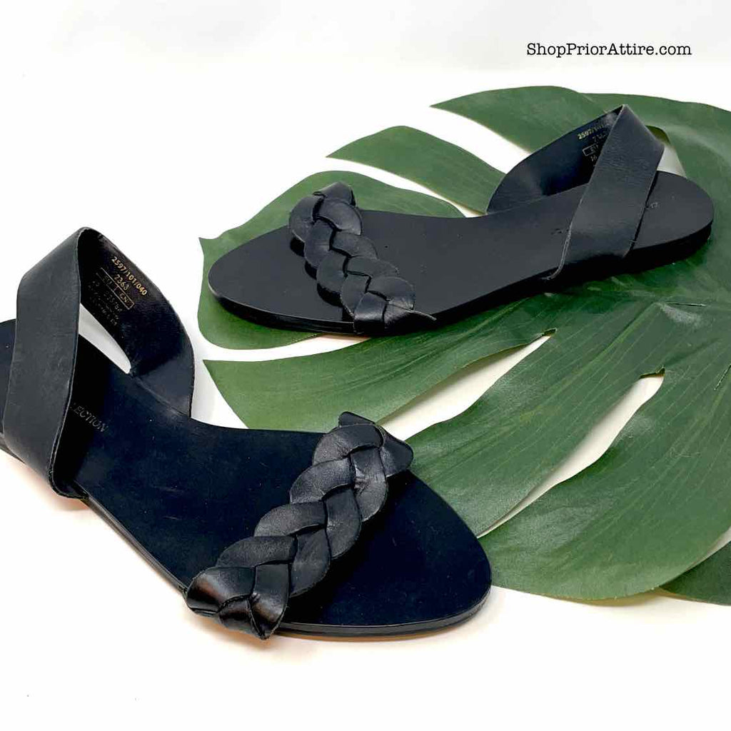 Size 6 ZARA Black Sandals