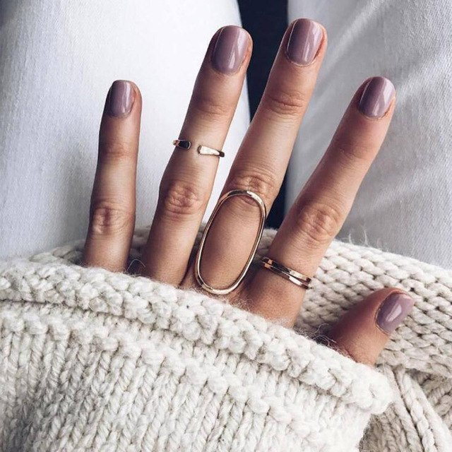 Delicate bands ring set