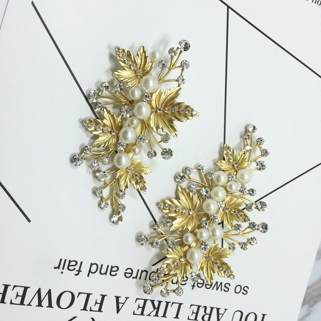 Golden pearl and flower blossom hair clip