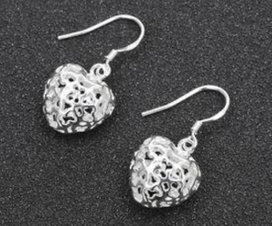 925 Silver Love Heart Dangle Earrings