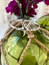 Load image into Gallery viewer, Starfish Metal Hook Bracelet