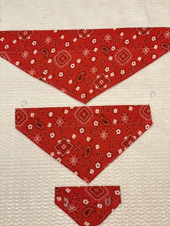 Dog bandanas, traditional bandana print red. Small, medium, large, fits ON the collar!