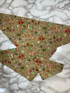 Dog Bandana, Christmas Beige with snomen, small, medium and large, fits on the collar!