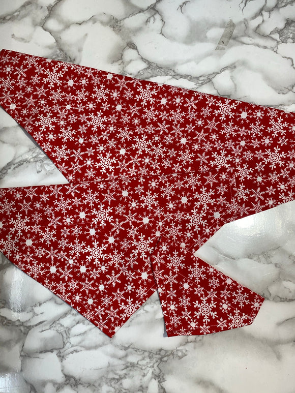 Christmas Dog bandanas. Red snowflakes, small medium, large, fits on the collar!
