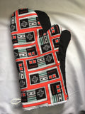 Oven mitts, Game Nintendo Controller! A pair of Fully Functional long, Oven Gloves!