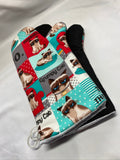 Oven mitts, Animals Grumpy Cat! A pair of Fully Functional Oven Gloves!