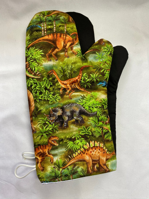 Oven mitts. Animals. Dinosaurs.