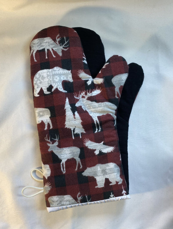 Oven mitts. Animals. Cottage country and red plaid.