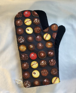 Oven mitts. Food. Chocolate truffles. Oven mitts!