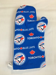 Oven mitts, Toronto Blue Jays! A pair of Fully Functional long Oven Gloves! Great gift!