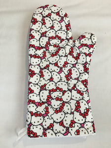 Oven mitts, Hello Kitty! A pair of Fully Functional Oven Gloves!
