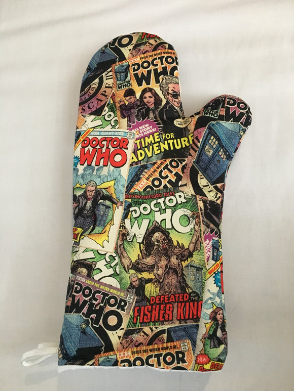 Oven mitts, Dr. Who Comic Book Print! A pair of Fully Functional long Oven Gloves!