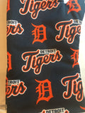 Oven mitts, Detroit Tigers! A pair of fully functional long  Oven Gloves!