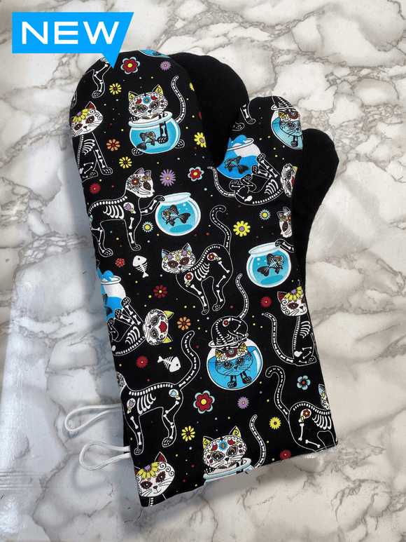Oven mitts. Animals. Cats and fish bowls sugar skulls!