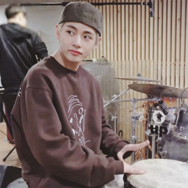 BTS Taehyung V Abstract Painting Sweatershirt - BT21 Store | BTS Online Shop