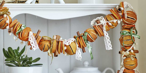 Christmas decorations with orange peel and cinnamon