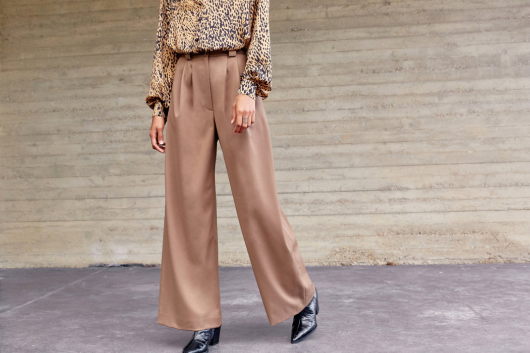 PANTALON HIGH-WAISTED BROWN