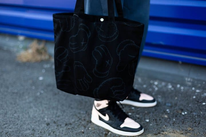 tote bag sneakers