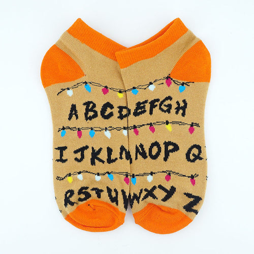 chaussettes alphabet stranger things