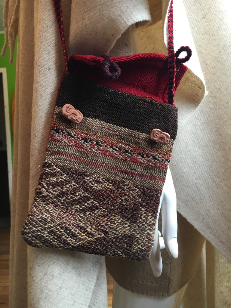 "Peruvian Textile, Handwoven Wool Pouch with Strap 5""x7"""