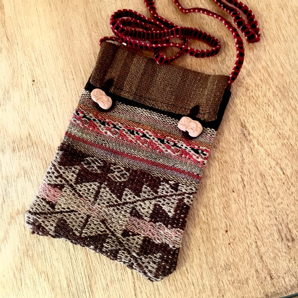 Peruvian Textile Handwoven Wool Pouch with Earthenware Buttons and Strap
