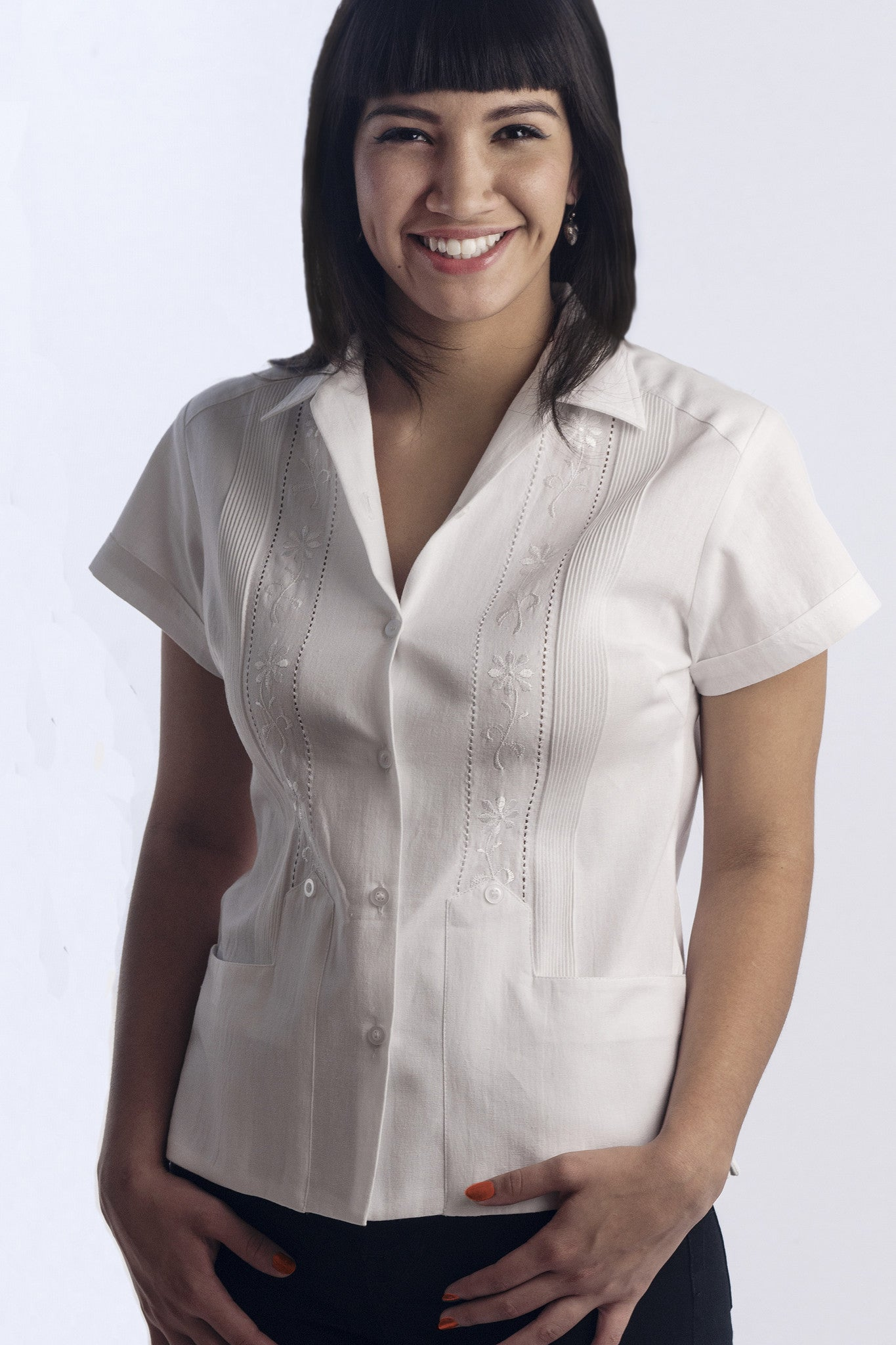 Authentic Women's Guayabera Shirt in 100% Cotton made in Yucatán