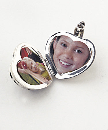 Luxury flower detail heart .925 silver locket open with pictures