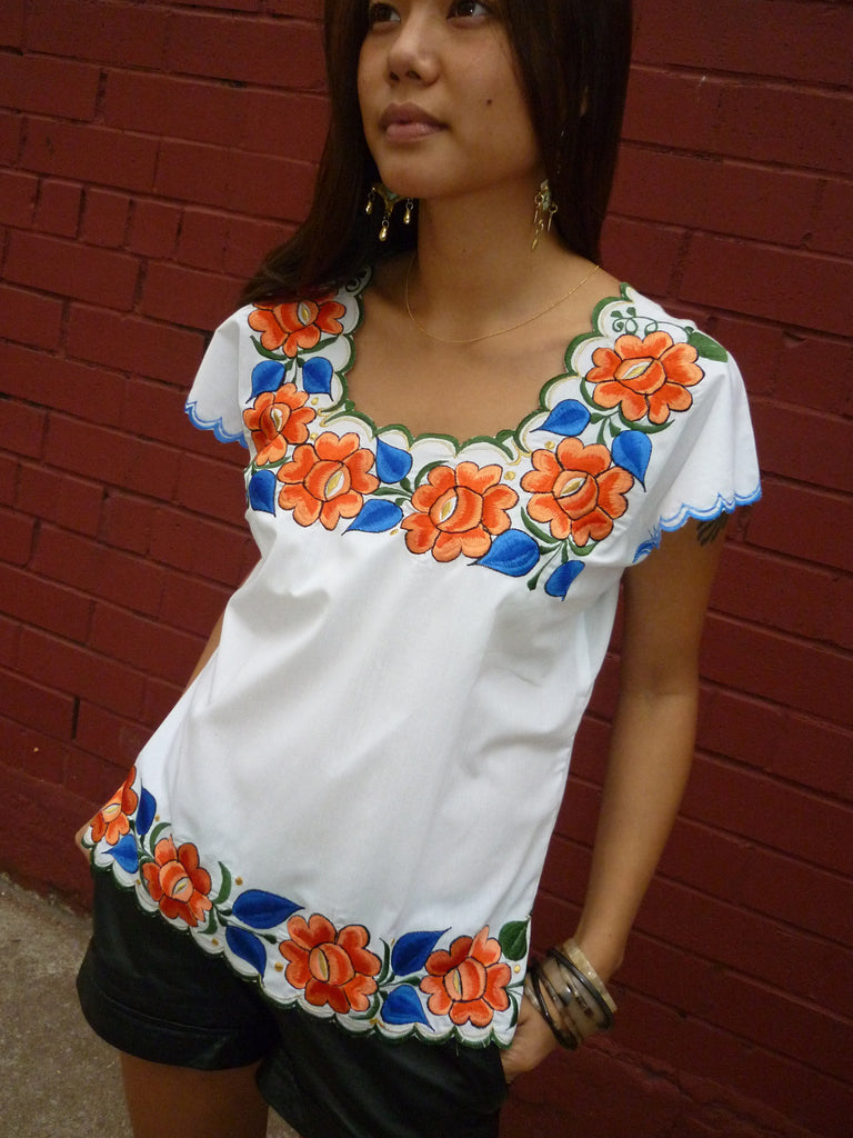 Embroidered Mayan Blouse From Yucatan In Black Or White