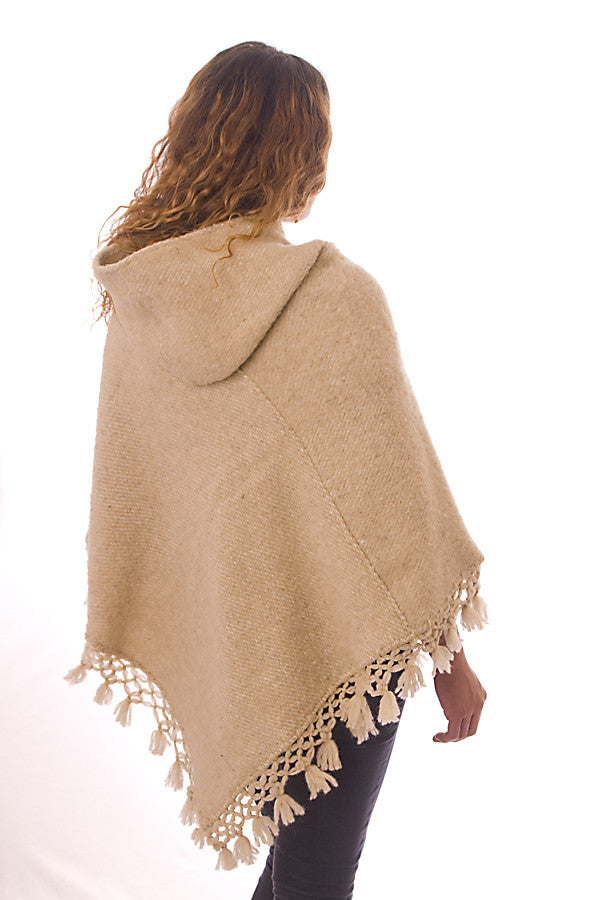 Kesquemitl V Shaped Mexican Wool Poncho with Hood, Natural