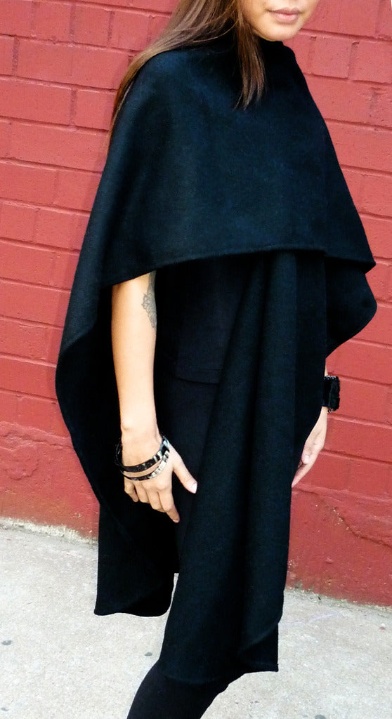 rounded wool poncho with mandarin collar, black regular