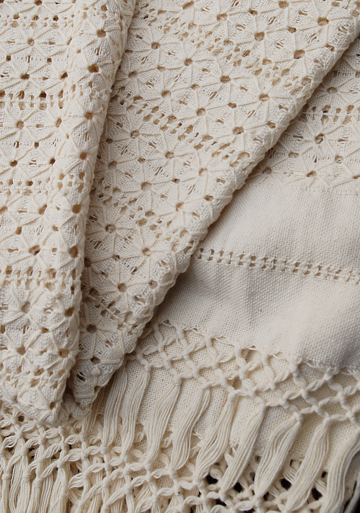 Handmade natural 100% cotton Shawl detail