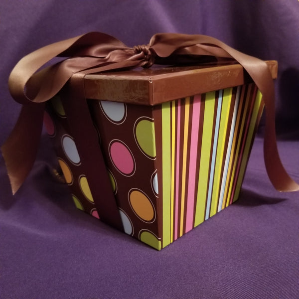Dots & Stripes Gift Box - pick your products
