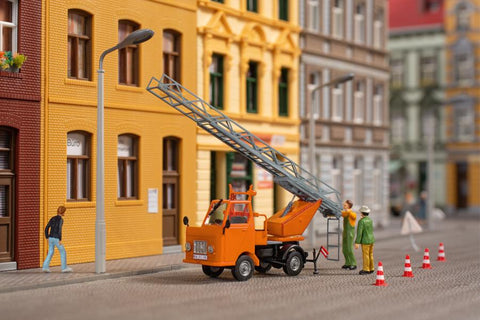 Auhagen 41656 Multicar M22 with rotating ladder
