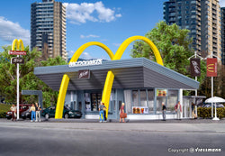 Vollmer 43634 McDonalds fast food restaurant with McDrive