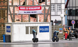 Busch 7868 Action Set: Police Station with Segways