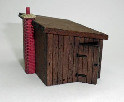 Lineside Building (Sleeper Building) Kit OO Scale