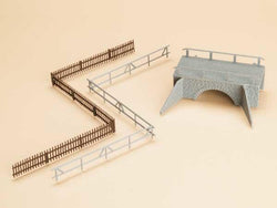 Auhagen 42555 HO Small stone bridge