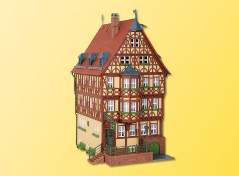 Kibri 38902 H0 House with Oriel in Miltenberg