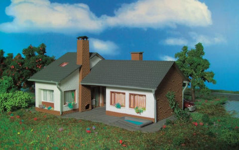 Vollmer 49368 TT Small bungalow