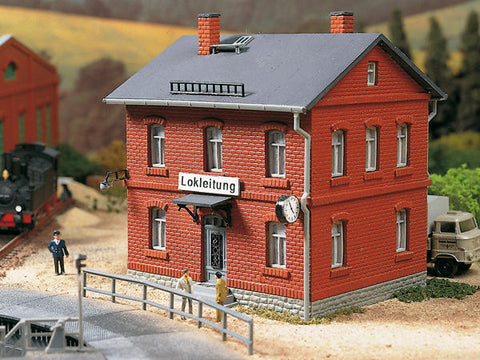 Auhagen 13287 TT Locomotive depot administration house
