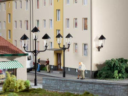 Auhagen 42631 HO 4 Park & 2 wall lamp posts