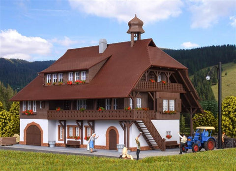 Kibri 38074 Black Forest Farmhouse