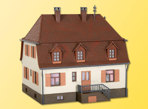 Kibri 38166 H0 House With Hipped Roof