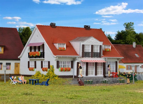 Kibri 38332 H0 Country House Cloppenburg