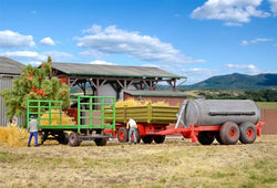 Kibri 10908 3 piece Agricultural trailer set