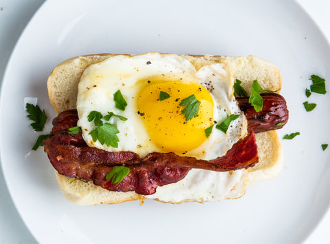 bacon and eggs breakfast hot dog